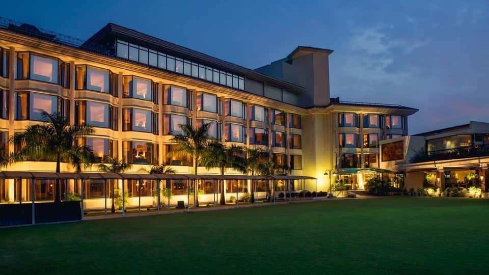 offers and deals at Round The Clock - Hotel Mountview Sector-10 in Chandigarh
