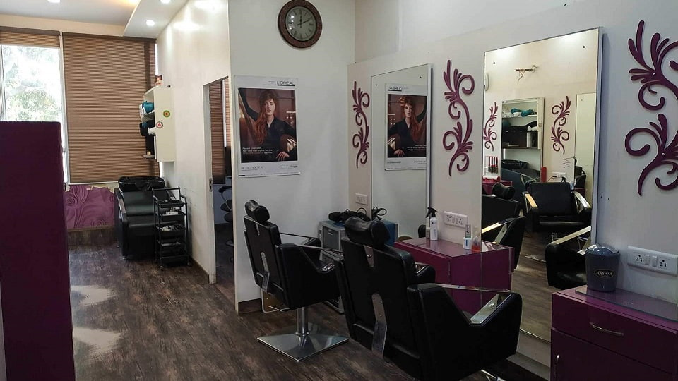 offers and deals at Master's Unisex Salon Phase-10 in Mohali
