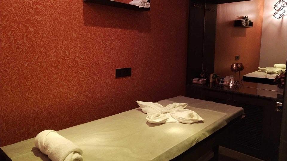 Vyom Luxury Spa Chandigarh