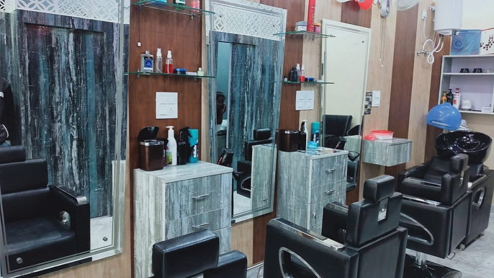 offers and deals at Zion Unisex Salon Preet Colony in Zirakpur
