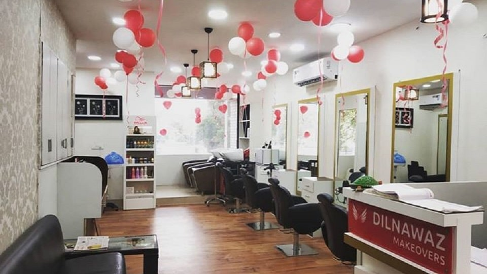 offers and deals at Dilnawaz Makeovers Sector-35 in Chandigarh