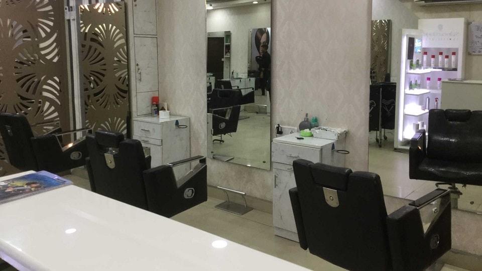 Glamazone Unisex Salon Chandigarh