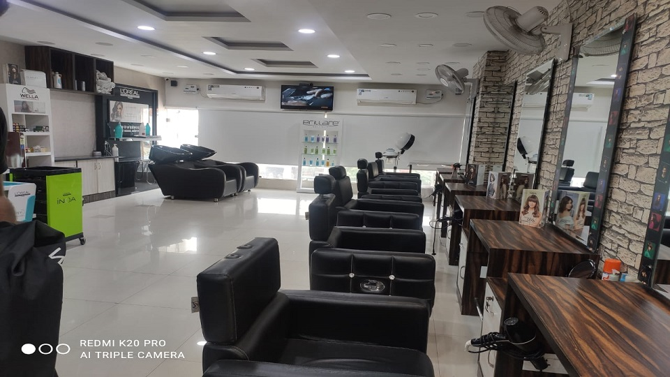 offers and deals at Ali's Express Sector-16 in Panchkula