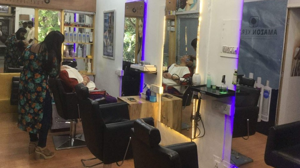 Abid Hair Master Unisex Salon Chandigarh