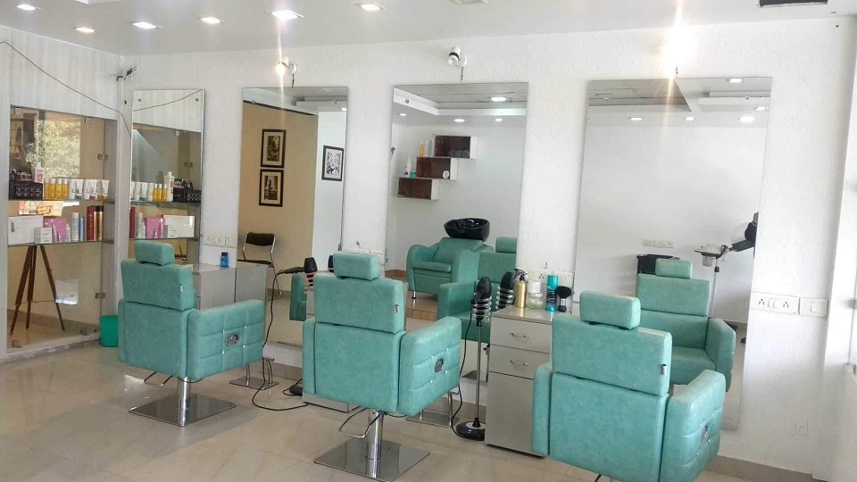 Phoenix Family Salon Chandigarh