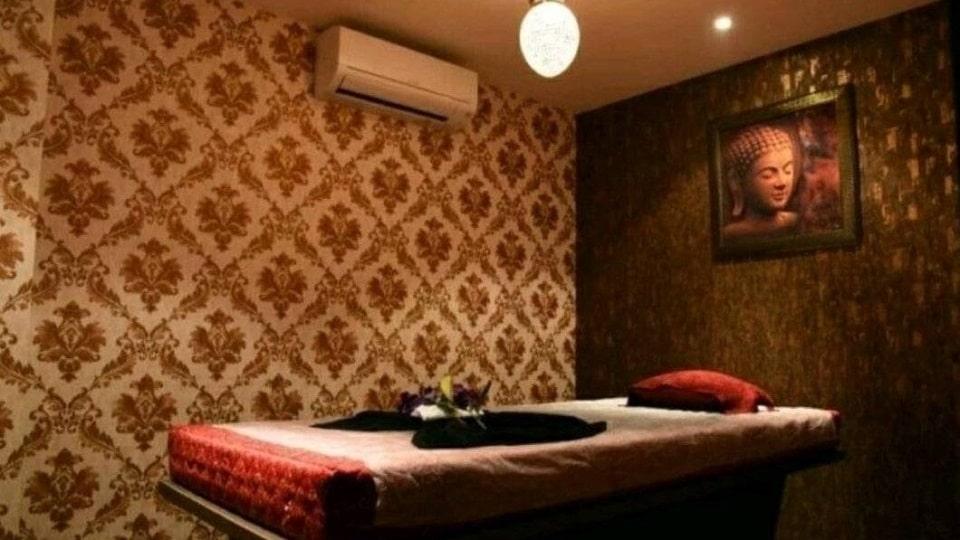 Zodiac Spa Lounge Zirakpur