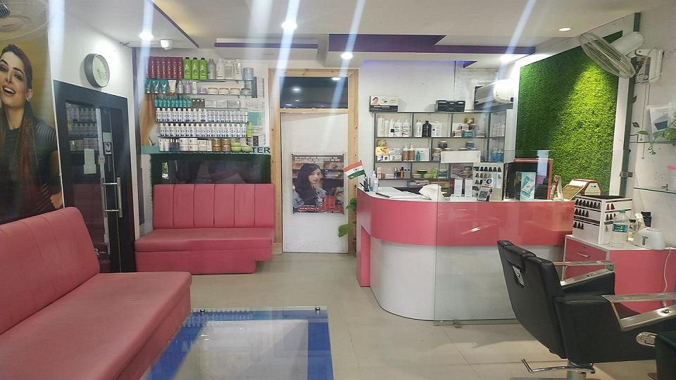 Riza Hair Master Salon Mohali