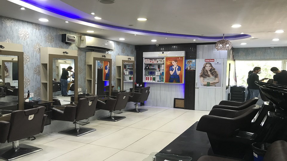offers and deals at Glamzone Hair Salon 27 Chandigarh Sector-27 in Chandigarh