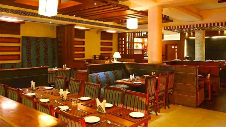 Sip n Dine Buffet Sector-7 Chandigarh