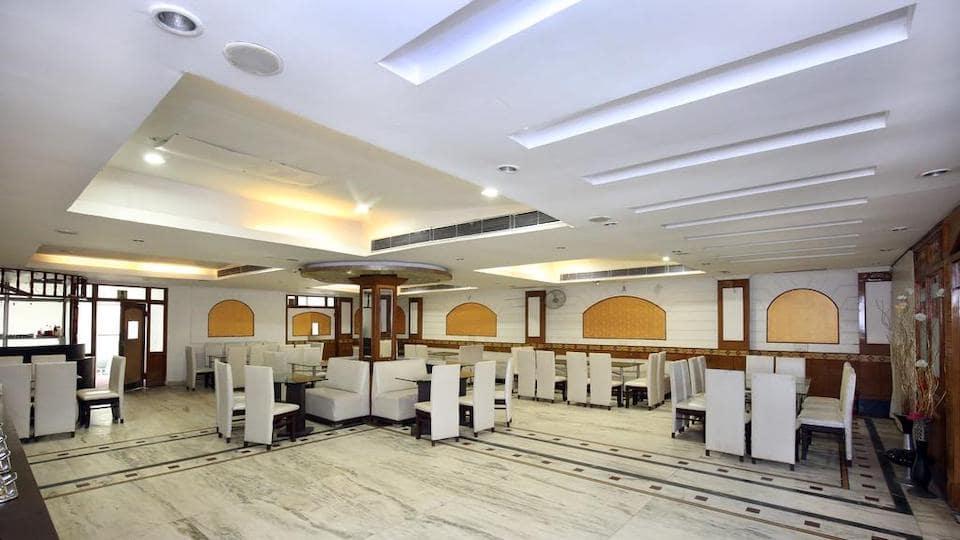 Traffic Jammer - Hotel Gobind Regency Sector-19 Panchkula