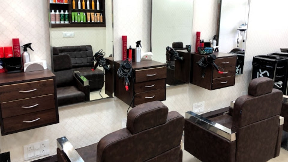 Ellcanes Unisex Salon  Chandigarh