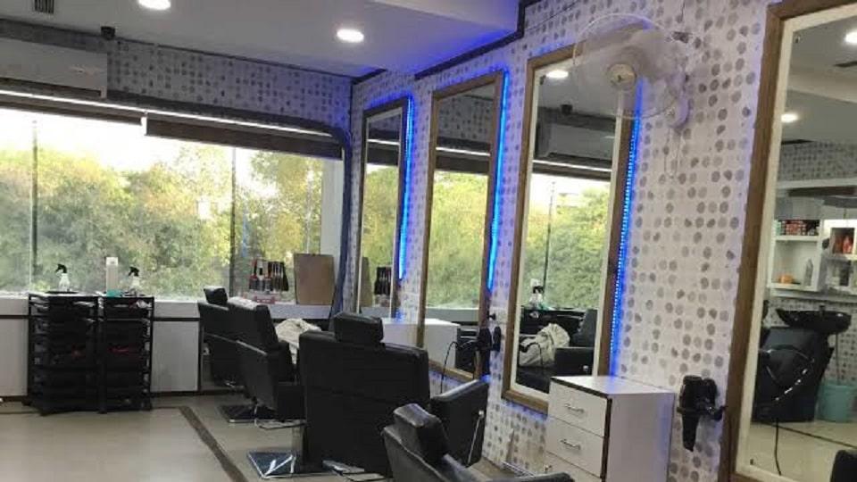 Alloraa Salon & Spa Sector-70 Mohali