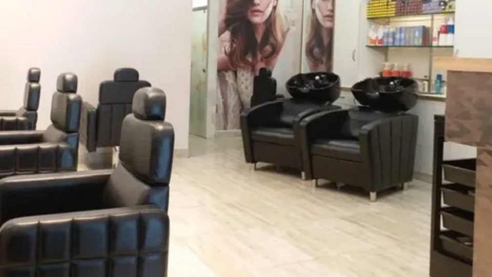 offers and deals at Hair Play Salon Sector-8 in Chandigarh