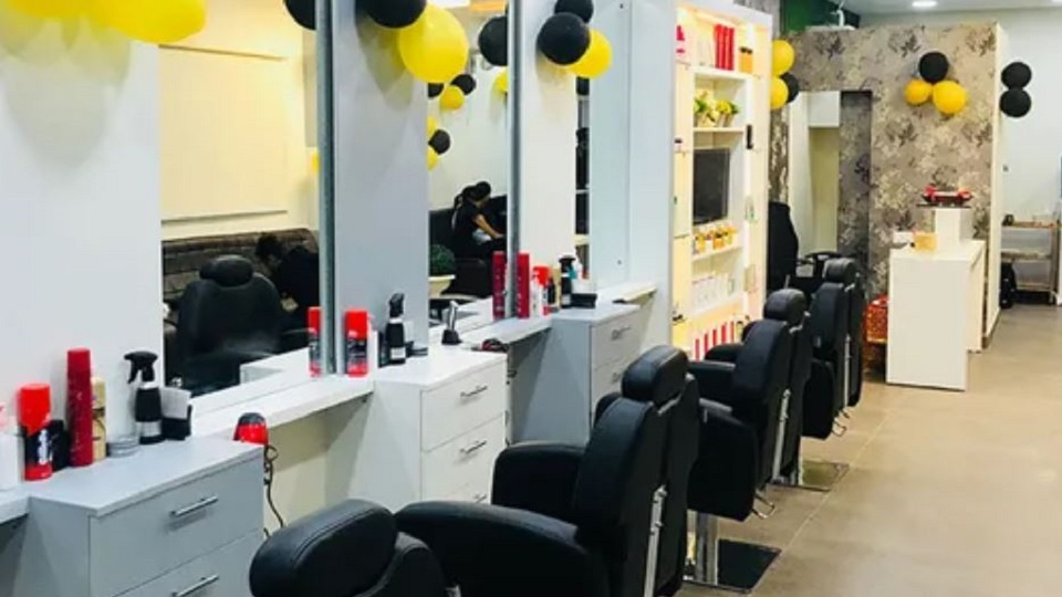 offers and deals at Avalon Unisex Salon Sector-21 in Chandigarh