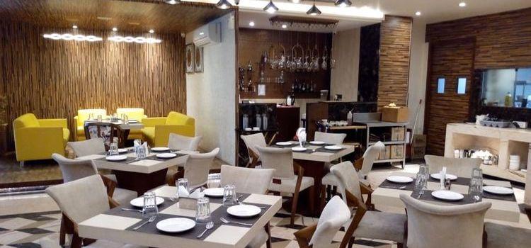 Chilli N Pepper - Hotel Arista Sunny Enclave KHARAR