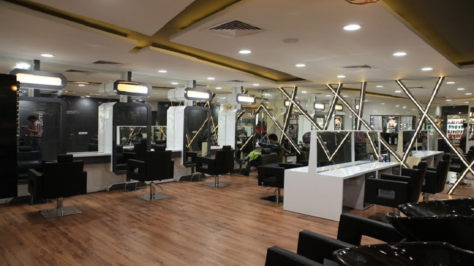 offers and deals at Moi-Orner Salon And Makeup Sector-9 in Panchkula