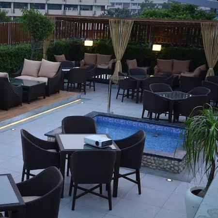 check out this rooftop restaurant in chandigarh for amazing times