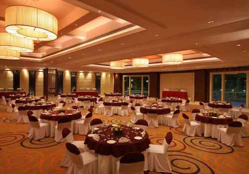 golden tulip panchkula new years eve
