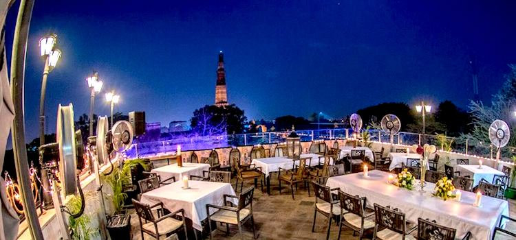 10 Spectacular Bars In Delhi Are Sure To LIT Your Weekends Perfectly