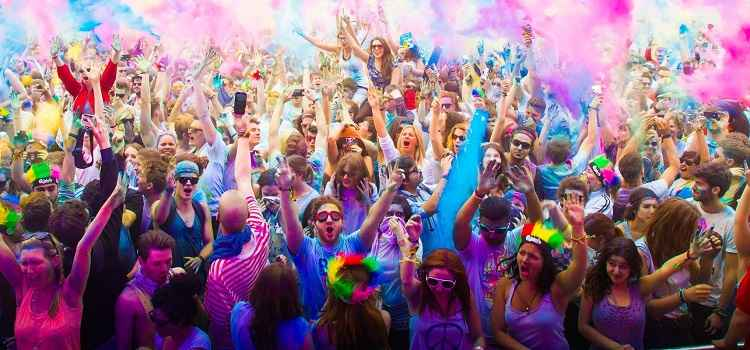 Holi Parties In Chandigarh To Celebrate The Festival Of Colors!