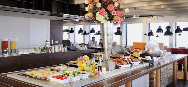 Binge Out At All You Can Eat Buffet Breakfast In Chandigarh