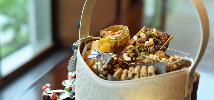 This Diwali, Up Your Gifting Game With Hyatt's Gorgeous Hampers!
