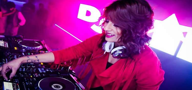 Dj Rink Best Female Dj of India at MOBE