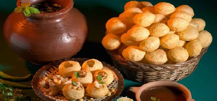 The Famous Golgappa Joints in Ludhiana