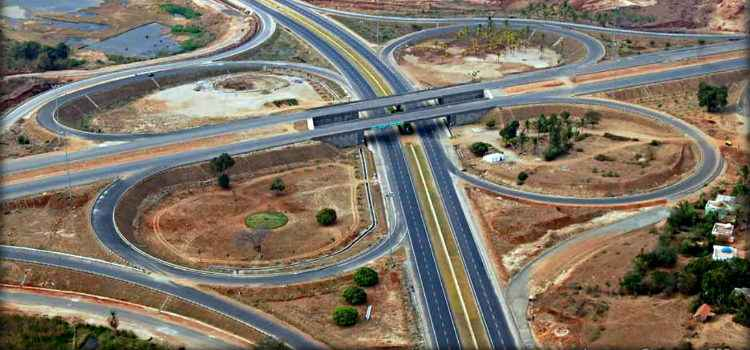 The Engineering Marvel: India's First Hybrid 14-Lane Expressway Between Delhi To Meerut Opens!