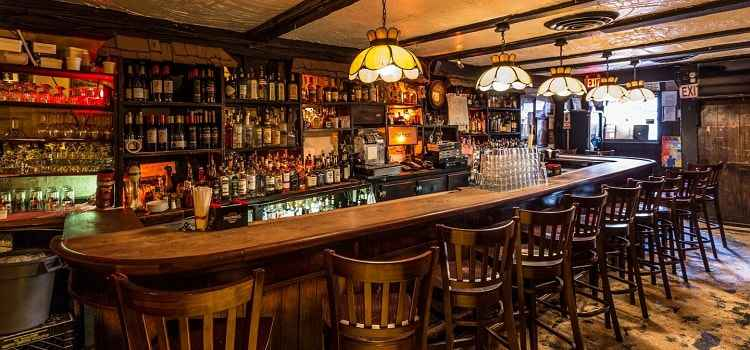 Must-Visit Pubs In Indiranagar Bangalore For An Amazing Pub-Hopping Experience