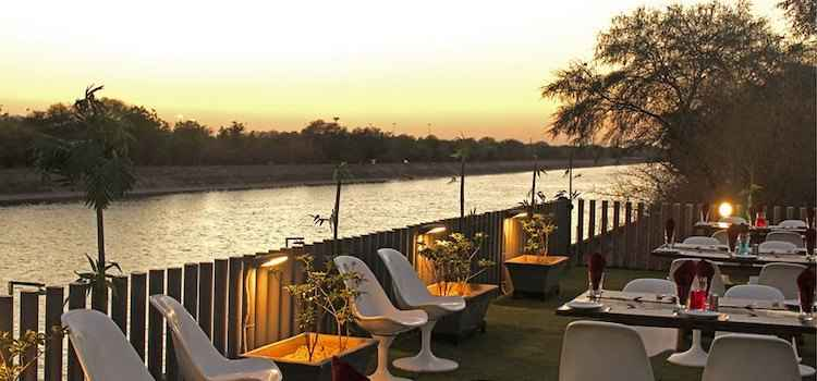 Outdoor Dining In Ahmedabad With Delightful Ambience