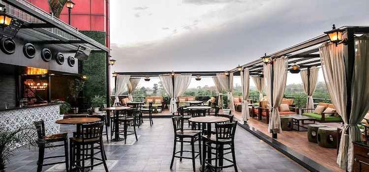 These Rooftop Bars In Chandigarh Will Make You Feel On Top Of The World!