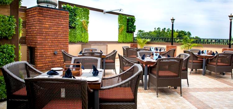 Rooftop Restaurants In Chandigarh That Offers A Stunning View!