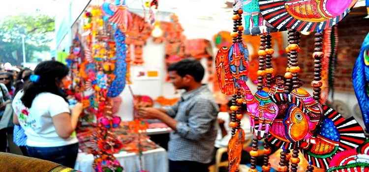 Scrutinise Gurgaon For The Best Street Shopping Places In The City