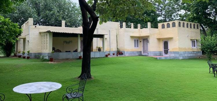 The Dak Bungalow At Derabassi Is Great For Weekend Getaways, Special Occasions & Fine Dining