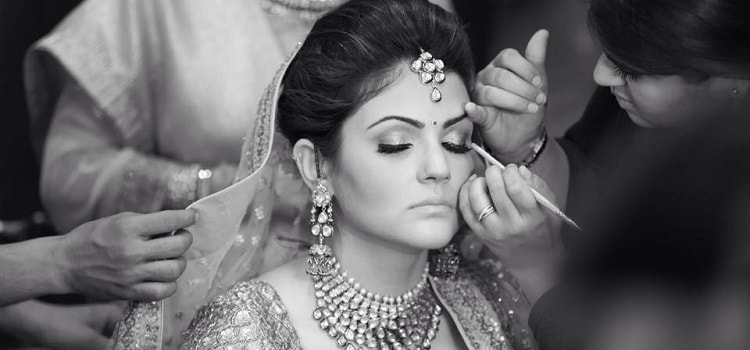 Top 9 Makeup Artists In Gurgaon To Swear By This Wedding Season!