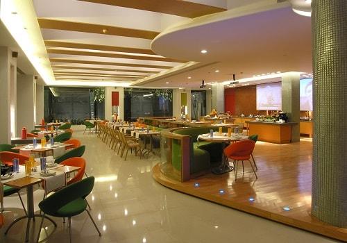 Cafe 17   Hotel Taj