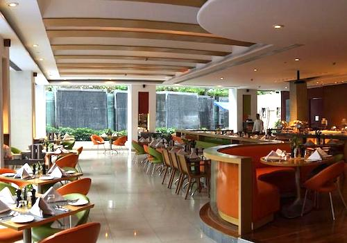 Cafe 17   Taj