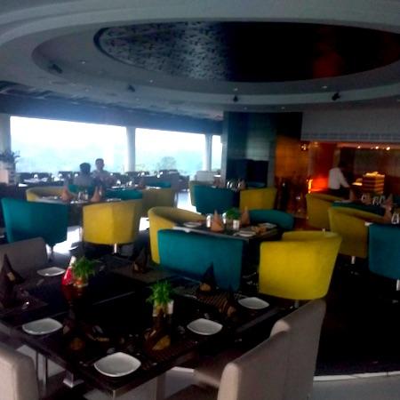 Cloud 9   Hotel Shivalik View