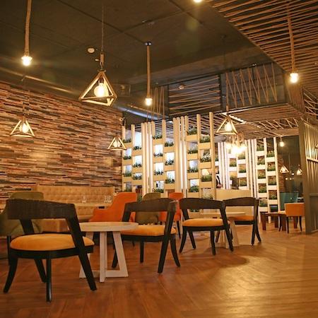Falcon Cafe Lounge