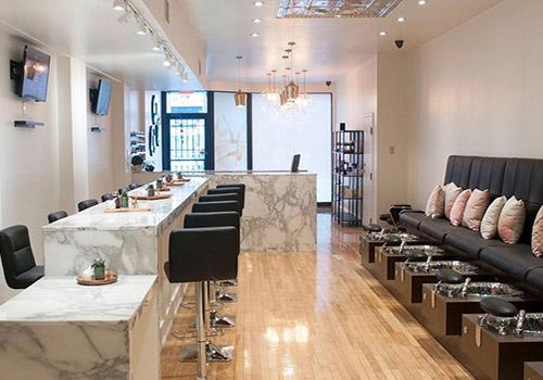 Sunny Cuts & Curls Unisex Salon