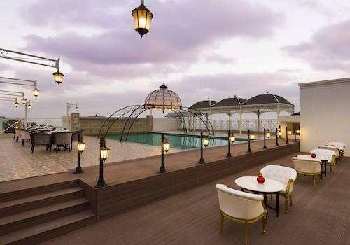 The Grand Dine   Ramada Plaza