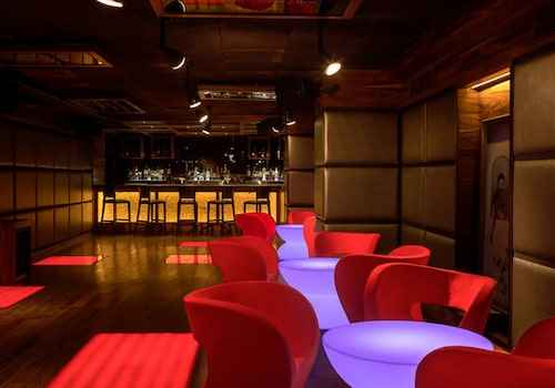 make it a merry christmas with dj phillora at kitty su chandigarh